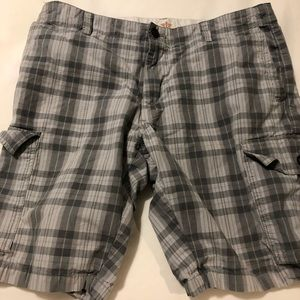 🏖 Men's blue and grey golf shorts